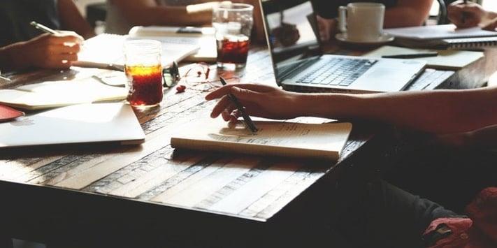 Hoe bedenk je een blogtitel die meer leads genereert?