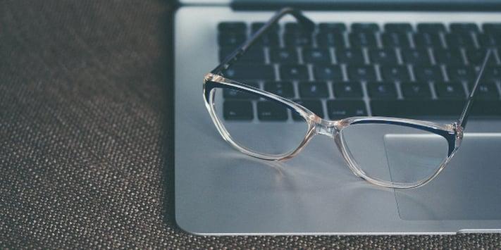 Blog_Laptop_Glasses_Knowledge_Resized.jpg